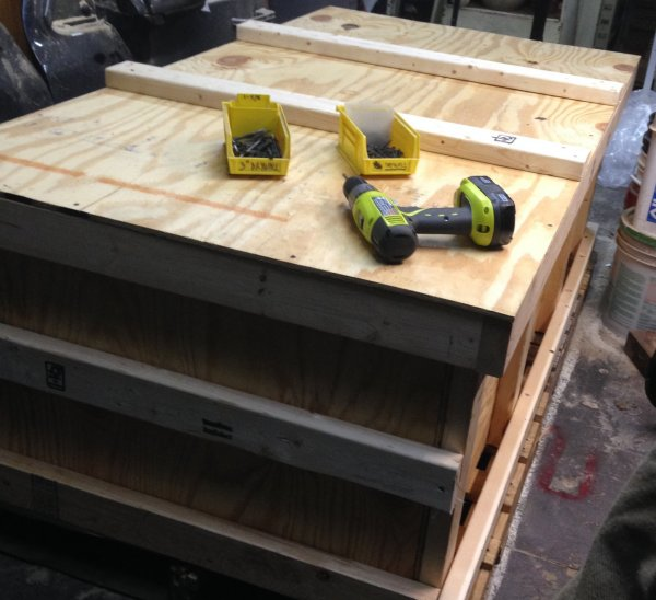 crate with lid installed